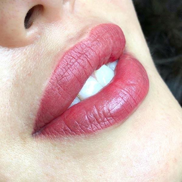 Перманентный макияж губ Светланы