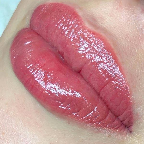 Тутаж губ от мастера Ольги Зычковой